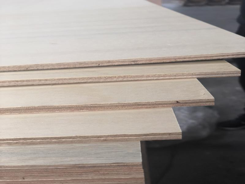 EPA/CARB P2 Compliant Plywood